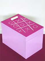 Paint an old lidded box into a fabulous