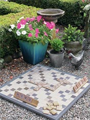 Make an outside scrabble set