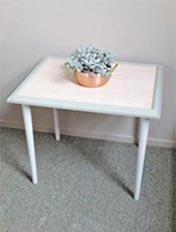 Make a table from a picture frame