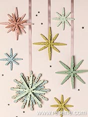 Make a christmas star decoration